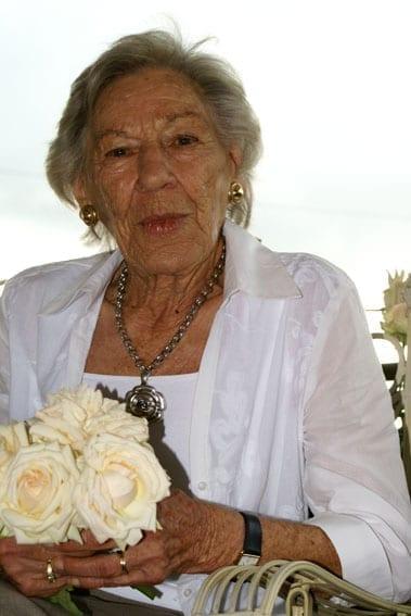Fabulous Rita Ludwigs Roses
